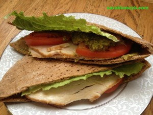 Turkey_Hummus_Pita_Pocket